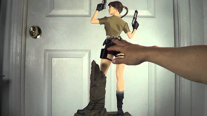 Lara Croft Tomb Raider Legend Exclusive Premium Format Statue by Sideshow Collectibles