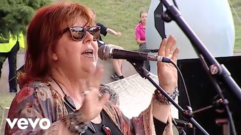 Maggie Reilly Everytime We Touch Wuhlheide Berlin 19 07 2014