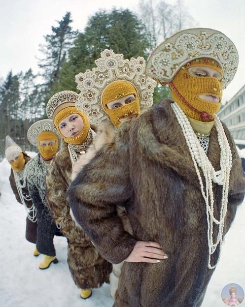 Провокационный проект Юлдус Бахтиозиной «Русская земля», в котором фотограф обыгрывает аутентичные мифологические образы