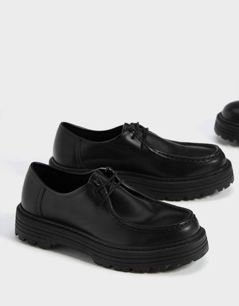 Мужские туфли с простроченным носом