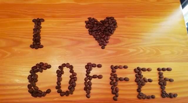 """Just Coffee on Instagram Бариста не продавец кофе а душа кофейни ❤️ Он может всё выслушать вас дать совет посмеяться над шуткой обсудить новый фильм и…"""""""