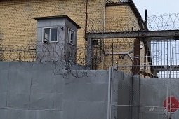 Двое заключенных сбежали из колонии в Липецке