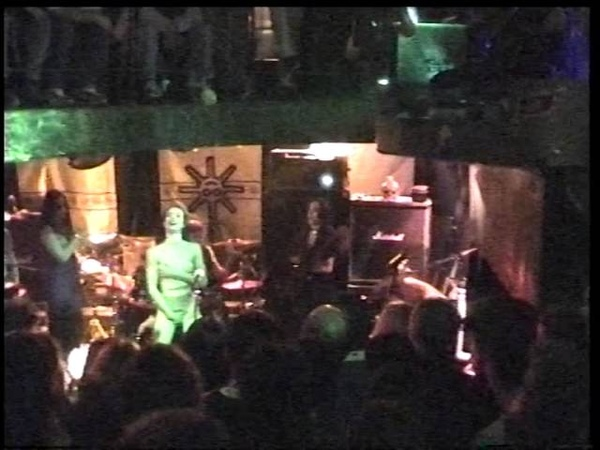 ROCKBITCH 2000 11 16 live @ L'araignée Au Plafond Metz France 80min12 HI8 MASTER