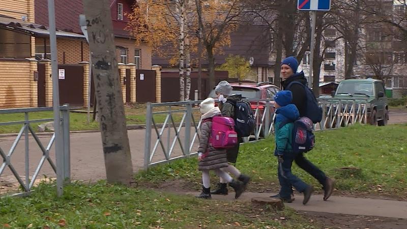 Автоинспекторы, поисковики и педагоги - о том, как обеспечить безопасность детей на улице