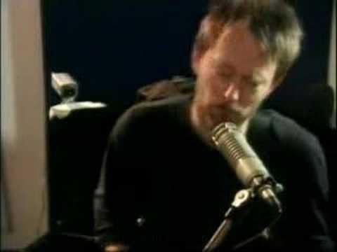 Radiohead cover Joy Division New Order