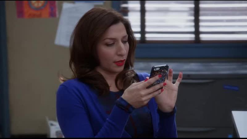 Джина играет в Зуперкексики Бруклин 9 9 Brooklyn 9 9 эпизод из сериала