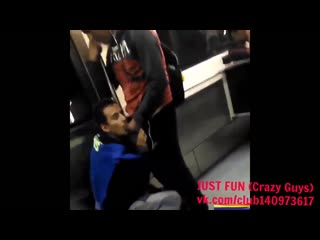 Blowjob in metro mexico член хуй дроч cock penis wank jerk отсос oral public
