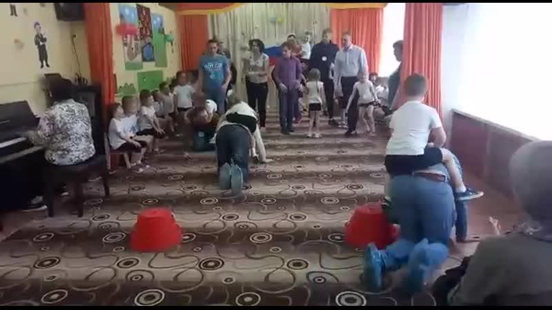 д с Василёк День защитника Отечества Паповоз