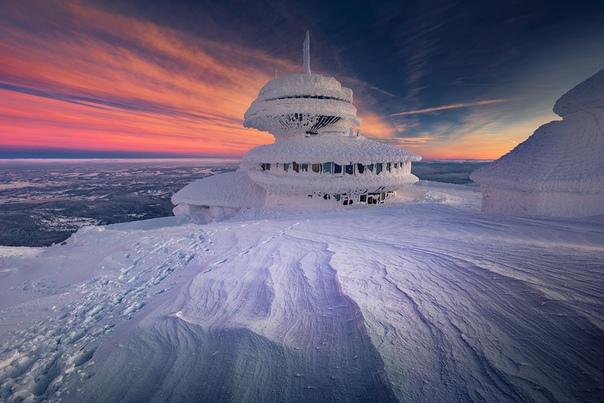 """Зима на ледяной планете"""