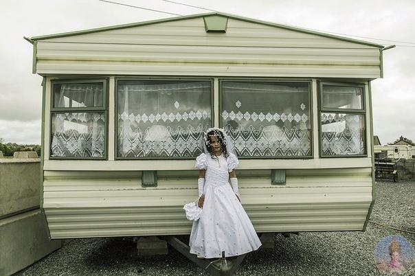 Будни ирландских цыган  довольно закрытой этнической группы, которая путешествует по стране и отвергает буржуазные блага