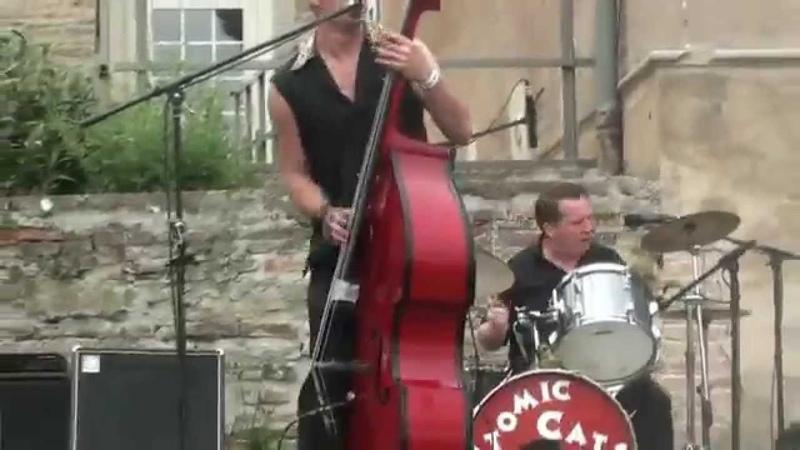 Concert ATOMIC CATS au Blue Monday à Attignat le 26-04-2014 vidéo 2