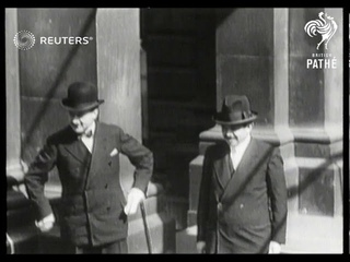 German delegates arrive in London for Conference on German's financial crisis (1931)