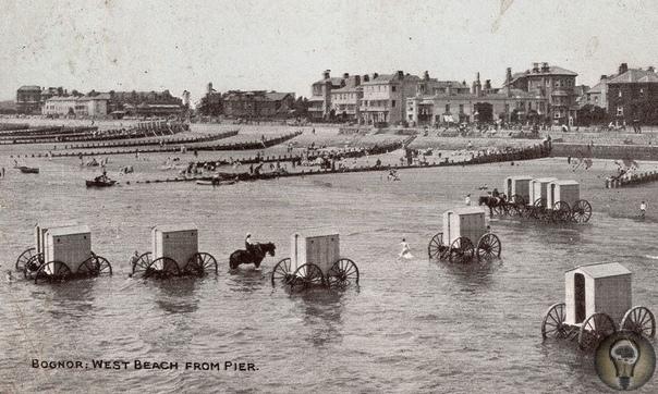 Вплоть до 1920-х годов на пляжах можно было увидеть... купальные машины.