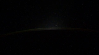 Российский космонавт Иван Вагнер с борта МКС запечатлел на видео группу из пятинеопознанных объектов