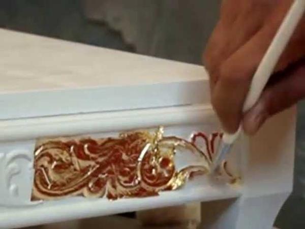 Золочение нанесение на поверхность изделия листового Поталь золота серебра и других металлов