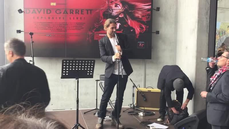 David Garrett gab in Offenburg ein Privatkonzert октябрь 2016