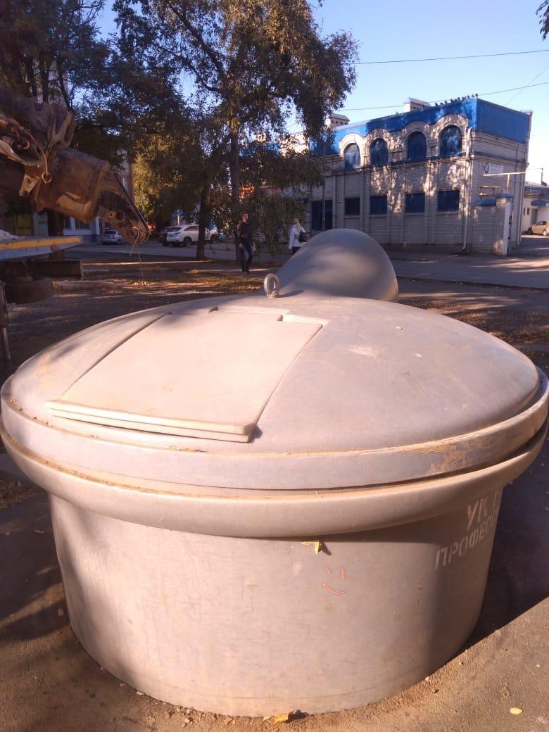 МКУ «Благоустройство»: установлены 2 новых контейнера для сбора ТКО заглубленного типа