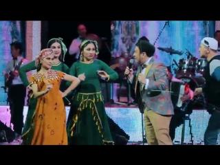 Скачать Murodbek Qilichev va Xulkar Abdullayeva - Baliqchi (concert version) - смотреть онлайн.mp4