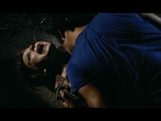 Сексуальное насилие(изнасилование,rape) из фильма черная месса(la noche del terror ciego) 1972 год