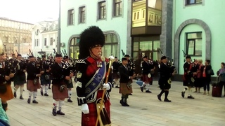 Марш Кельтского оркестра / The EU Celtic Massed Pumps and Drums march at Tverskaya Zastava square