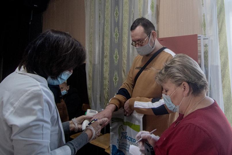 Жизнь после COVID-19: врачи помогают, изображение №1
