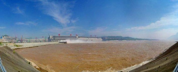Плотина «Три ущелья» самая мощная гидроэлектростанция в мире