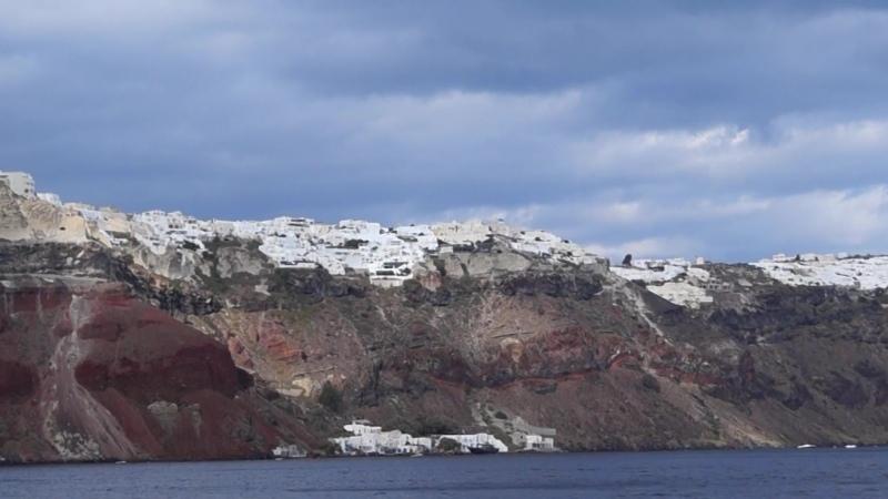 Санторини Santorini Прогулка на яхте по кальдере