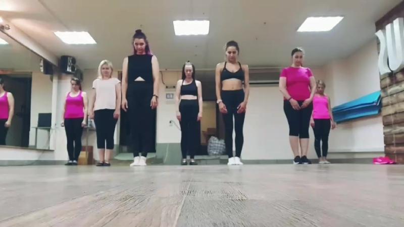 Folk fitness тренировка в стиле Болливуд инструктор Екатерина Соловьева
