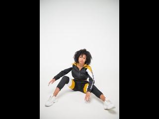 M&K / Стильный и модный спортивный костюм колор блок из плащевки с ветровкой на молнии и брюками M&K