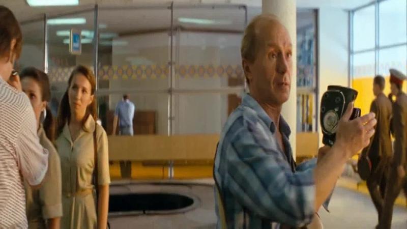 Андрей Панин в сценах Аэропорт из фильма Высоцкий спасибо что живой