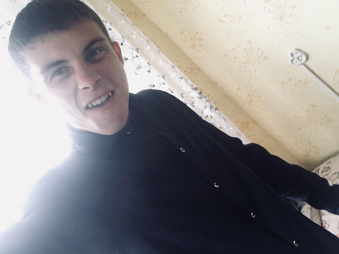 Иосиф, 21, Uglegorsk