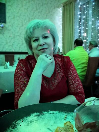 Lyudmila, 51, Kirovsk