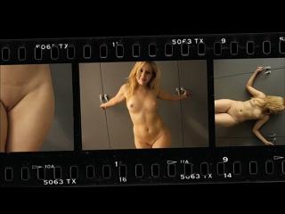 OON-CMNF-видео – вежливый фотограф уговаривает стеснительных девушек раздеваться догола перед камерой