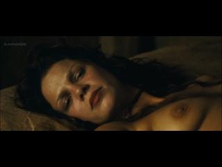 Nackt jessica stadtlandliebe schwarz Strip Nude
