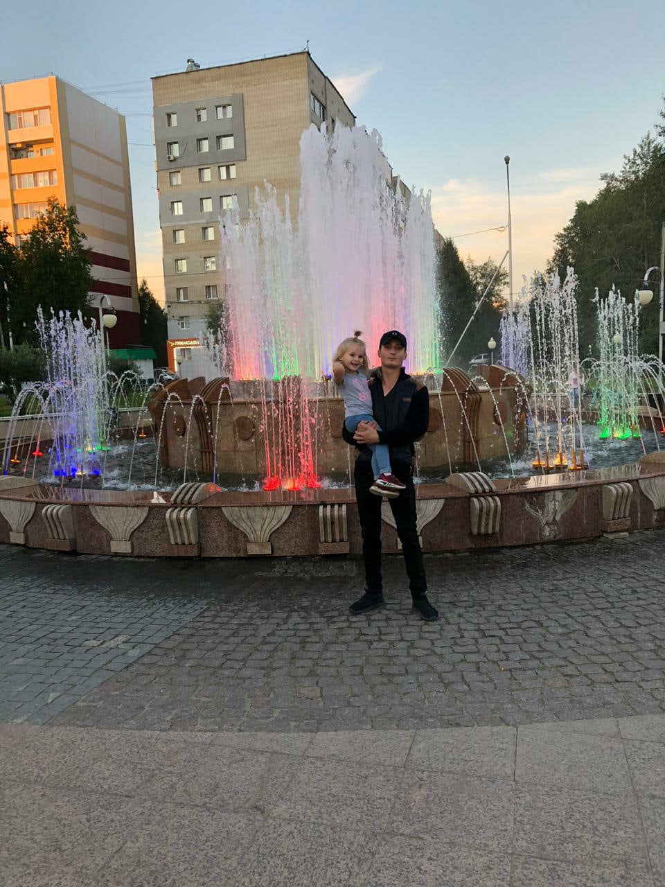 Он, 25, Nizhnevartovsk