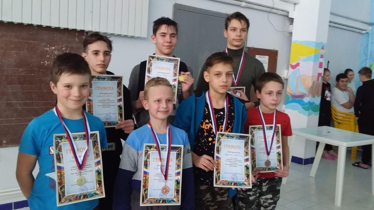 Юные пловцы из Петровска — призёры выездных соревнований