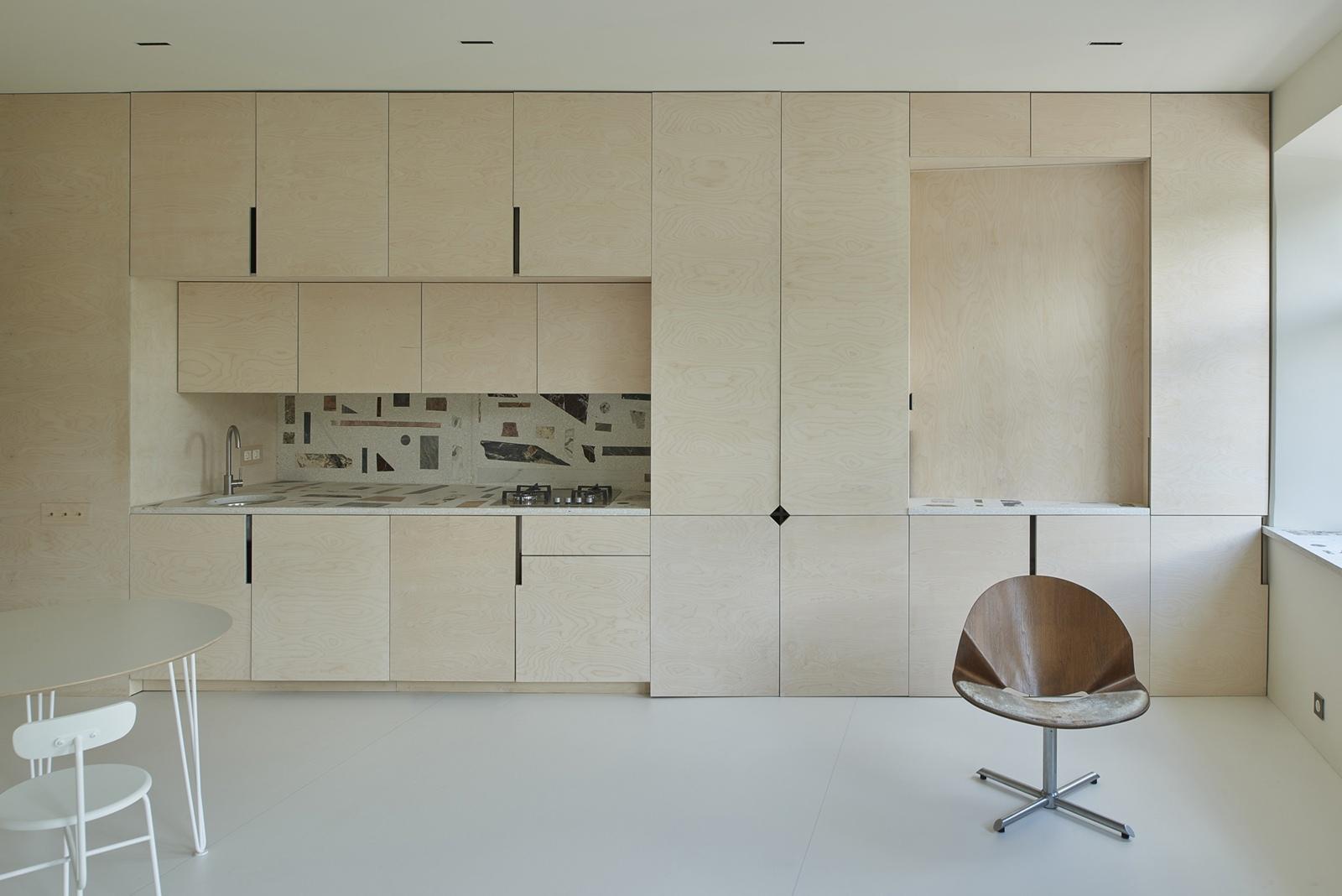 Светлый интерьер квартиры открытой планировки 38 кв.