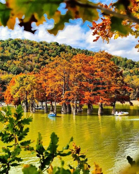 Кипарисовое Озеро Озеро Сукко по своей природе иск...