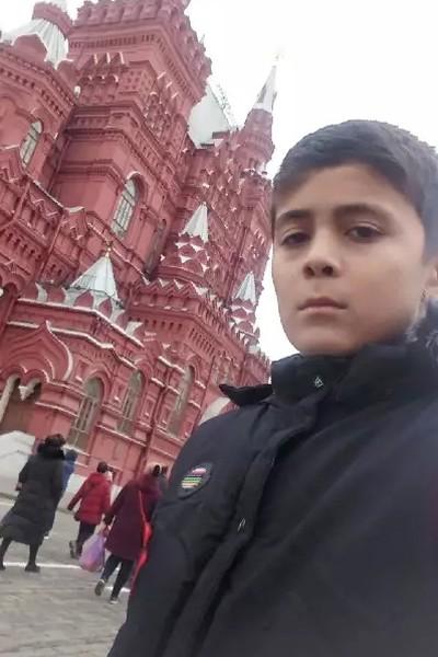 Zhakhongir, 18, Sergiyev Posad