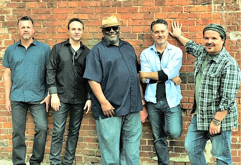 Altered Five Blues Band - яркая звезда американской блюзовой сцены.