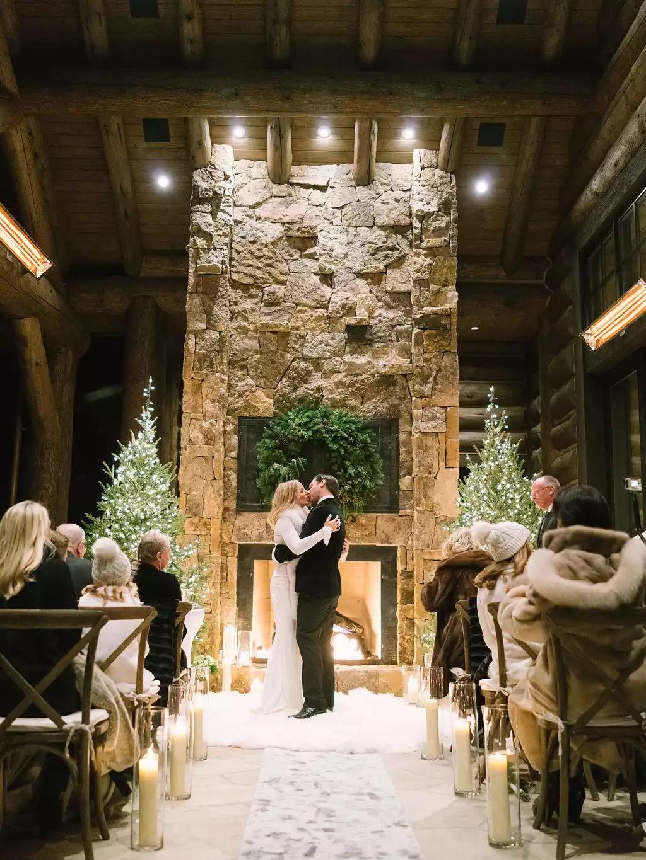 x3xk2InTiOo - Свадьба в зимнем стиле