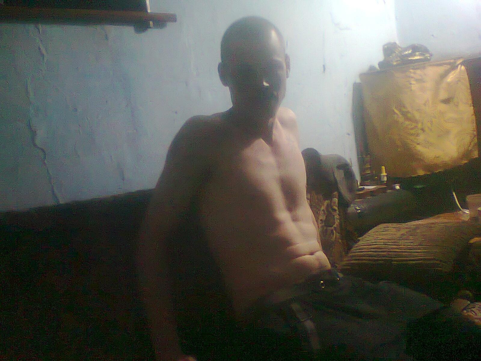 Zhenya, 26, Luhansk