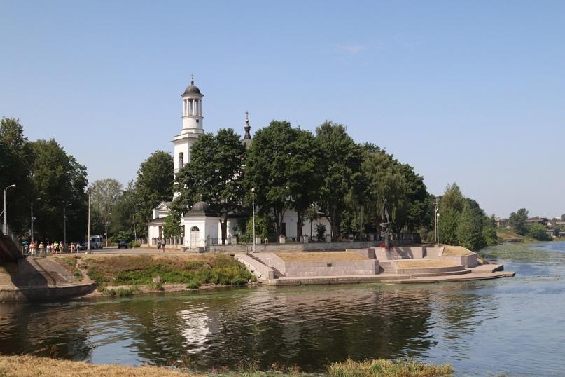 Усть-Ижора. Вид на Храм святого благоверного великого князя Александра Невского