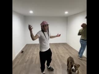 6ix9ine показал, как снимал видеоклипы на домашнем аресте [NR]
