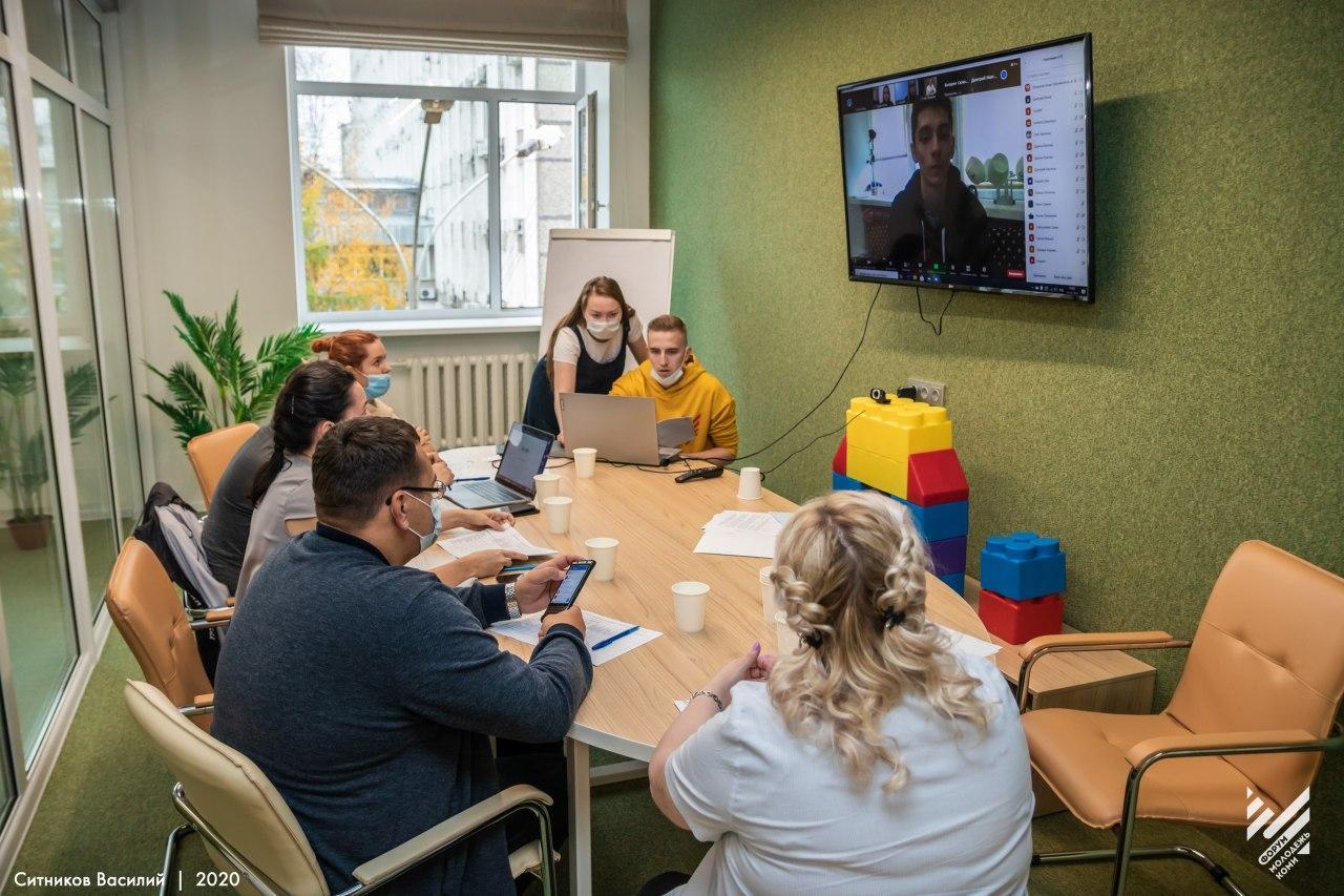 Генеральный директор Молодёжных инновации принял участие в экспертизе республиканских молодёжных проектов