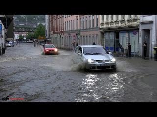 Wuppertal säuft ab - Extremes Wupper-Hochwasser überflutet mehrere Stadtteile  