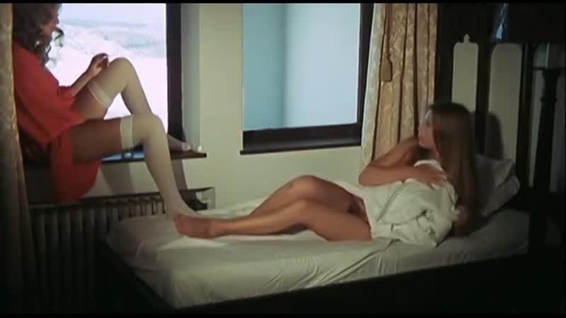 Девственница среди живых мертвецов La nuit des étoiles filantes 1973 режиссер Хесус Франко Пьер Керю Жан Роллен