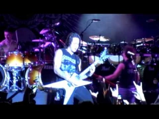 Trivium ft. Robb Flynn (Machine Head) - Pull Harder On The Strings Of Your Martyr [live]