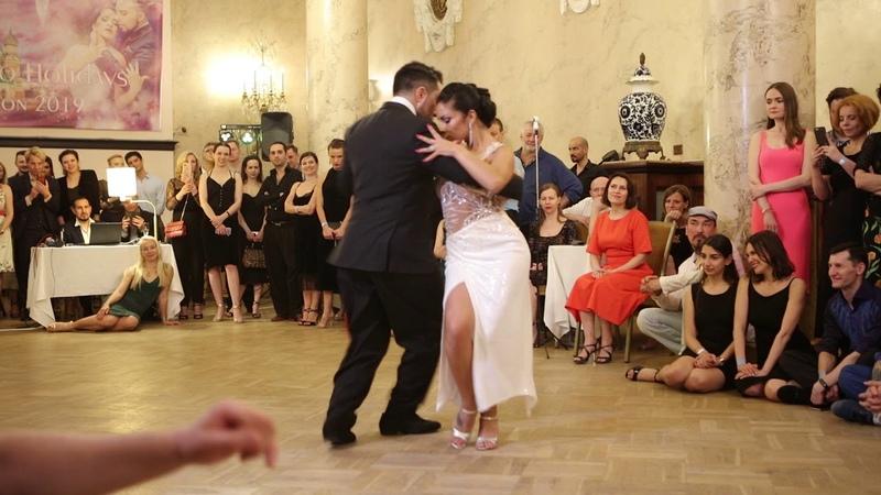 D`Arienzo Сabeza de novia Jonathan Saavedra Clarisa Aragon