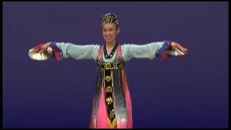 제8차 조선무용경연대회 독무 《바라춤》 Северокорейский танец Barachum